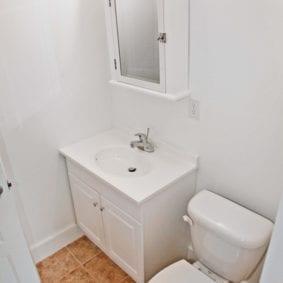 White Bathroom - 144 Oveido St